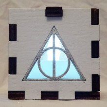 Deathly Hallows LED Gift Box white