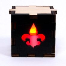 Fleur de Lys Lit Red Tea Light