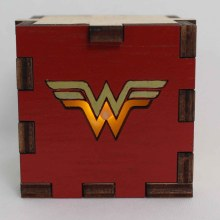 Wonder Woman Wood Lit Yellow LED Tea Light