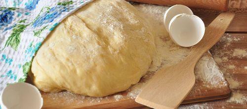 Тесто для пирожков: рецепт с фото. Вкусные и простые ...