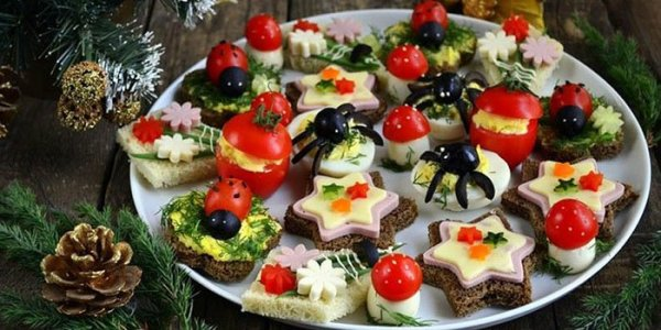 Закуски на Новый год 2017 в тарталетках и канапе: простые ...