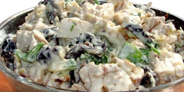 Салат с курицей и свежим огурцом простой Нежность ...
