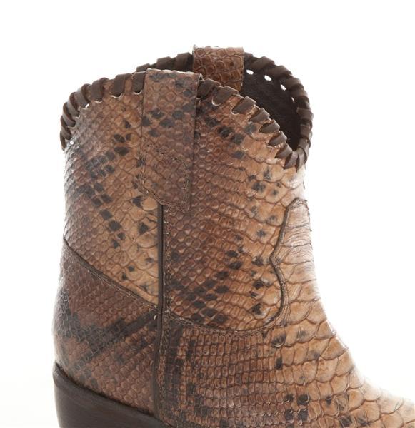 Lama Peach Jenson boots