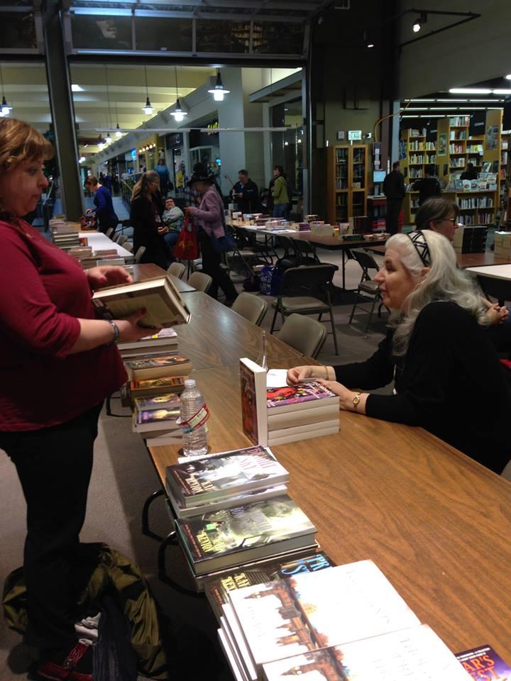 Alma at Authorfest7