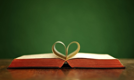 Book love heart