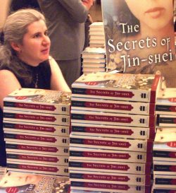 Alma at 'The Secrets of Jin-shei' signing