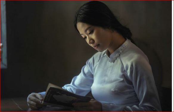 Woman reading photo