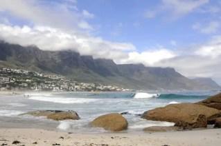 A faixa litoral é um dos principais atrativos da Cidade do Cabo, África do Sul