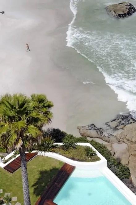 Moradia luxuosa sobre a praia de Clifton, Cidade do Cabo, África do Sul