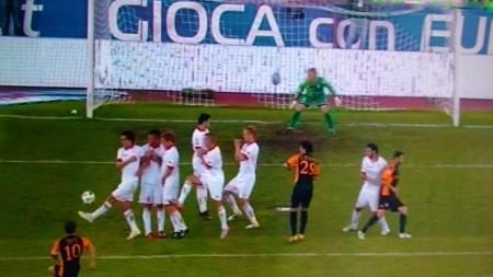 otti pareggia e segna il goal n. 205 raggiungendo Baggio.