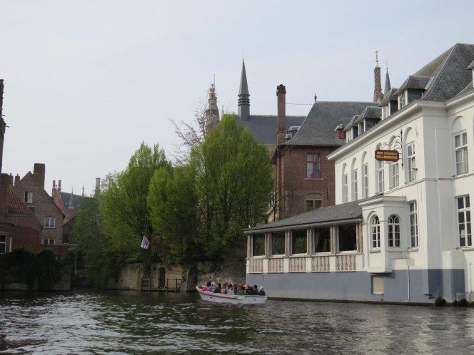 Passeio de barco pelos canais de Bruges