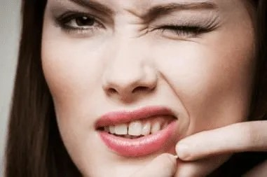 5 coisas que você não deve fazer com sua pele do rosto