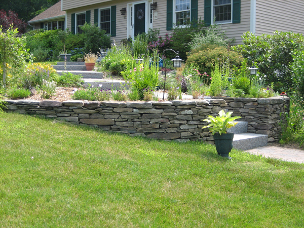Get landscaping ideas, entryway ideas, retaining wall ... on Patio Stone Wall Ideas id=66378