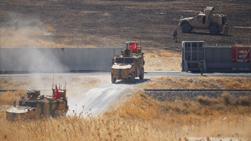 انقطاع الاتصالات والإنترنت في المناطق الحدودية السورية