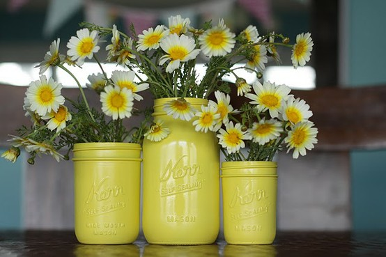 mason-jar-DIY-paint-floral-containers