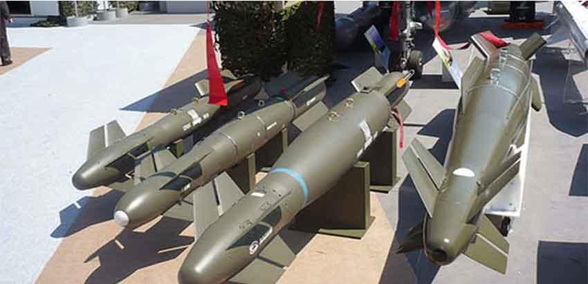 الجزائر تسلم أسلحة روسية متطورة للبوليساريو