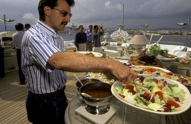 الوليد بن طلال على رأس قائمة الأغنياء العرب