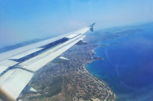 pregătirea de aterizare pe aeroportul din Atena