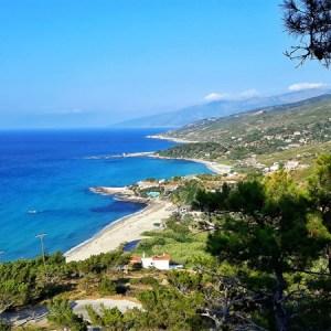 plajele din ikaria armenistis-gialiskari