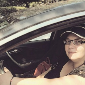 Issabela Cotelin șofer