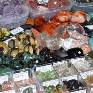 pietre semiprețioase pentru călătorii