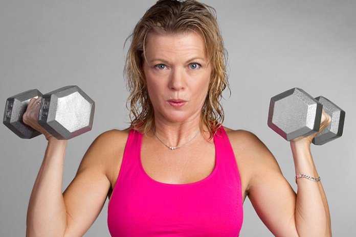 You might be going about your weight loss ALL WRONG! Dieting and exercising like crazy but seeing no changes on the scale? Some 'healthy' everyday exercise and food habits could be hindering your weight-loss efforts. #fatloss #loseweightquick #diet
