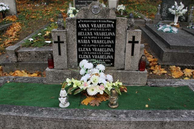 family infant grave
