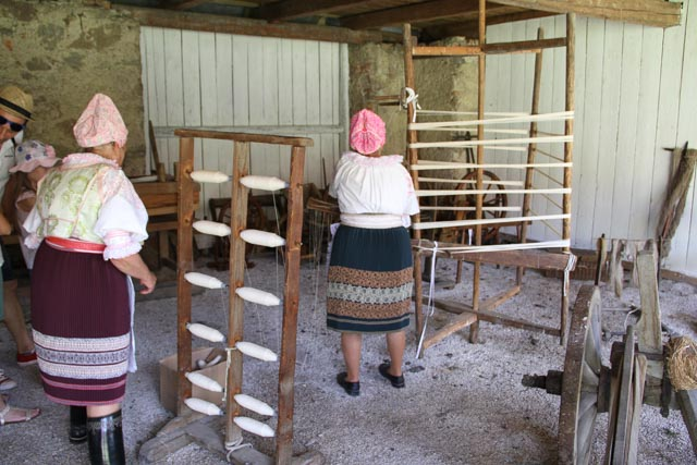 Slovak women using a warping mill