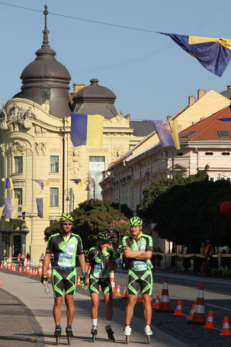 Inline skaters finishing the Kosice Marathon