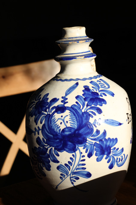 Decoration on old Slovak water jug