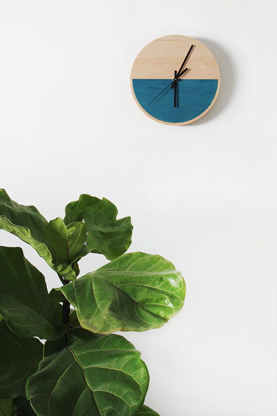 diy color block clock