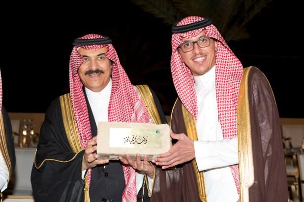 امير-الرياض-ينوه-بجهودجمعية-الزهايمر (2)