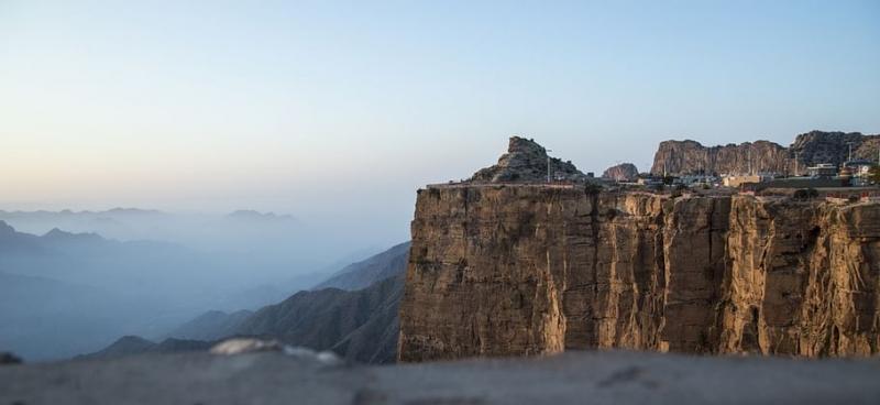 كيف تمكنت السعودية من النهوض بقطاع السياحة خلال أزمة كوفيد-19؟ (1)