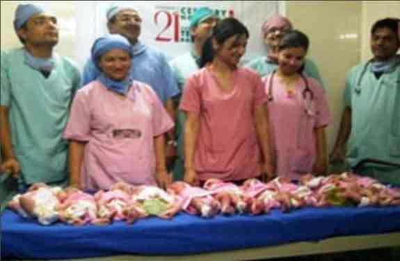 11 طفل في أغرب حالة ولادة في العالم