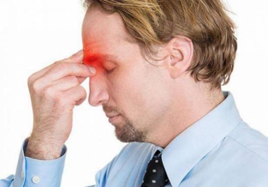 أعراض وعلاج صداع الجيوب الأنفية المرسال