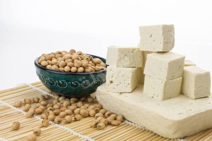 أضرار تناول التوفو ( طعام للنباتيين ) - المرسال