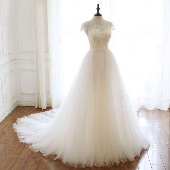 فستان زفاف كلاسيك - مجلة ست الحسن