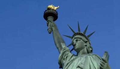 تمثال الحرية يظهر في المملكة العربية السعودية بشكل مؤقت !!!