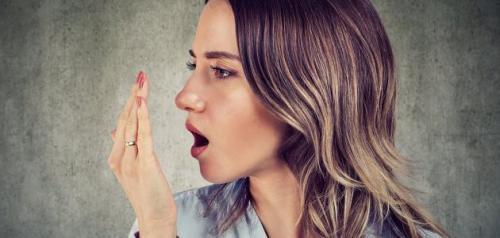 كيف اعرف ان رائحة الفم من المعده