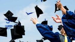 كلمات عن التخرج والفراق بين الزملاء