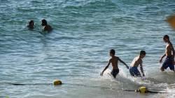 تفسير حلم السباحة في شاطئ البحر في المنام