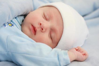 تفسير حلم ولادة طفل اسمه محمد في المنام للعزباء