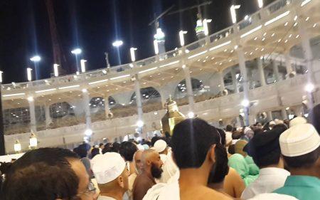 تفسير حلم رؤية الميت في الحرم المكي في المنام
