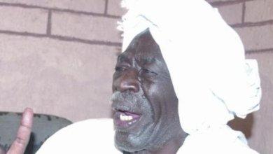 """Photo of عضو اللجنة المركزية للحزب الشيوعي: محاولة اغتيال """"حمدوك"""" قام بها (الزحف الأخضر)"""