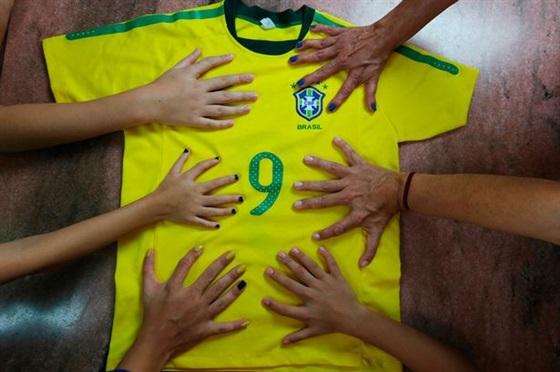 12 اصبع