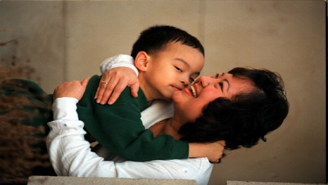 Kim-Phuc Phan with her son, Thomas.Thomas is six years old on saturday. apr 15. (Photo by Mike Slaughter/Toronto Star via Getty Images)