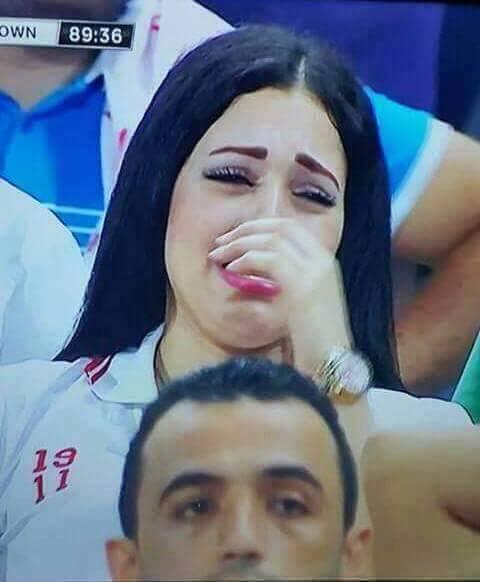 """في السودان..اهتمام اسفيري غير مسبوق """"بحسناء"""" الزمالك..ونشطاء سودانيون """"تمنينا فوز الزمالك بسببك ودموعك غالية علينا يا بنت النيل"""" كيف كان رد """"الحسناء"""" على اهتمام الرواد؟"""
