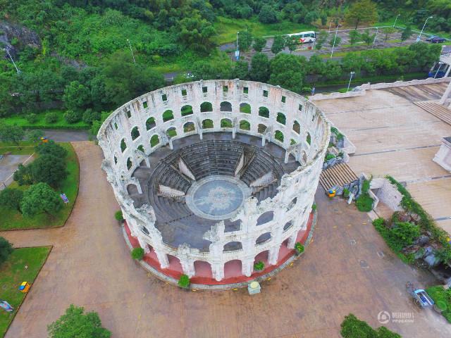 الصين تضع الأهرامات وأبوالهول في حديقة تجمع أشهر المعالم الدولية1