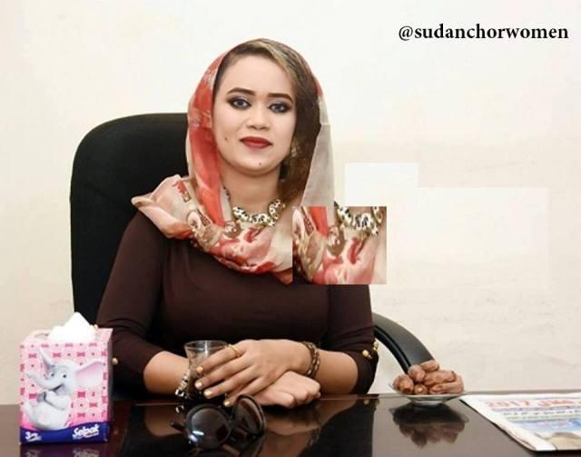 مذيعة قناة الخضراء عائشة الماجدي: أحلم بمقابلة نافع علي نافع ومعجبة بعبد الرحمن الصادق المهدي وهو مثلي الأعلى