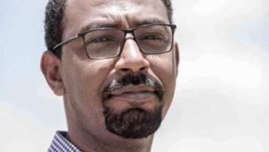 Photo of أمجد فريد: الشعب السوداني ليس شعباً دنياً ولم يخرج من أجل الخبز فقط